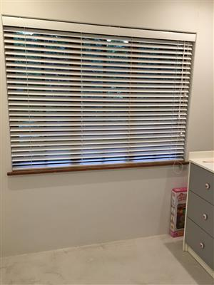 Blinds, Clear Bars, Shutters and Trellis gates for sale