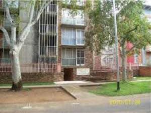 Flat to let in Sunnyside East
