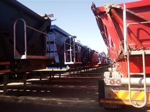 Fully refurbished 34 ton side tippers trailers