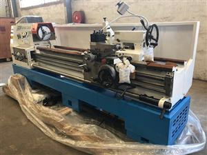Lathe, 2000mm B/Centres, 500mm Swing, 82mm S/Bore, Brand New