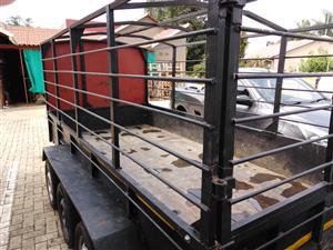 Catle 3xle heavy duty trailor