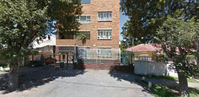 Spacious Bachelor flat to rent in Rosettenville