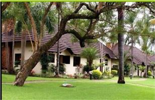 "SABI RIVER SUN RESORT  ""CREAM OF THE CROP""   03 - 10 JANUARY 2020  RENTAL   -  R17 500"