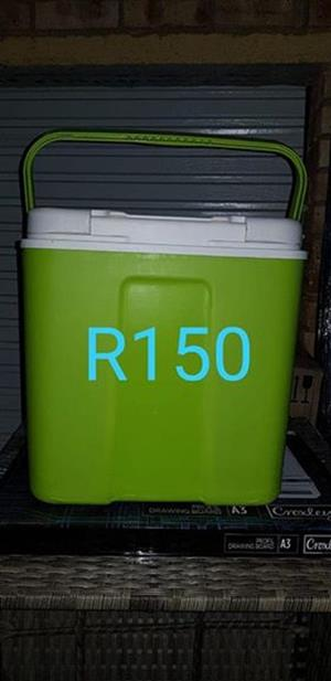 Green cooler box for sale