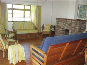 VERY SPACIOUS 8 SLEEPER - 4 BEDROOM FURNISHED HOUSE FROM R3000 PER WEEK UMTENTWENI