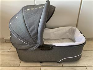 Baby Merc Q9 complete travel system including isofix base