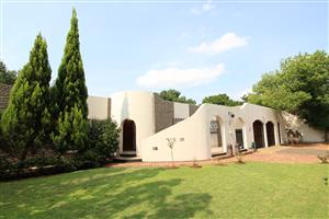 SPACIOUS, NEAT FAMILY HOME - FOR SALE - Baillie Park, Potchefstroom