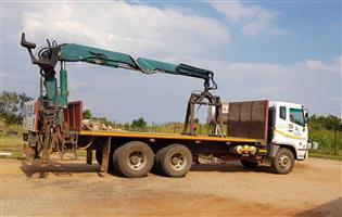 Fuso FV26-310 Truck with Copma Crane