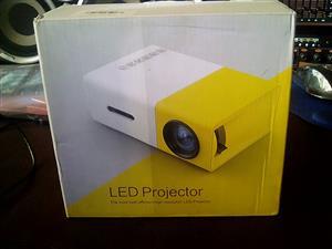 Mini projector for sale