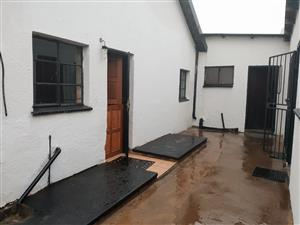 HOUSE FOR SALE IN MAKHULONG  TEMBISA WITH 3 OUTSIDE ROOMS