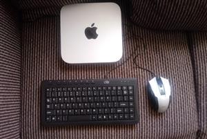Apple Mac Mini  1.4 GHz intel Core i5 Late 2014