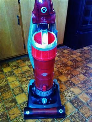 Genesis Up-Right Vacuum Cleaner