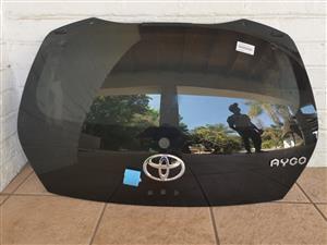 Toyota Aygo Back Windscreen