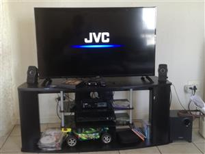 "42"" Jvc full hd led tv and Defy washing machine"
