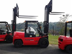 NEW DURABLE AND ROBUST 5 TON DIESEL FORKLIFT FOR SALE