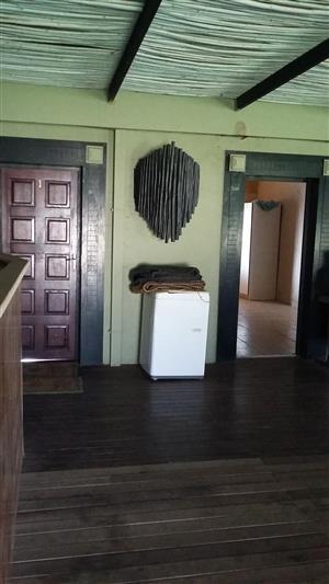Single room - Donkerhoek (Pretoria East)