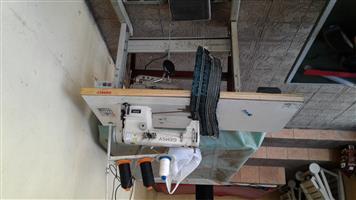 GEMSY 8200 industrial sewing machine