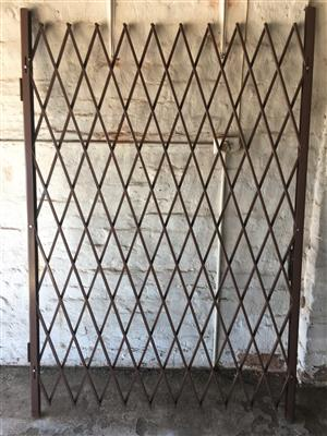 Double Door Security Gate for sale