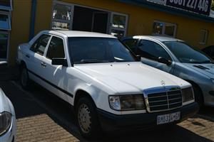 Mercedes Benz 300E For Sale in South Africa | Junk Mail