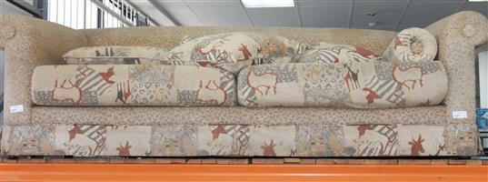 S034818D 2 Seater couch #Rosettenvillepawnshop