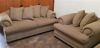 3 pc Lounge Suite / Large / Beige