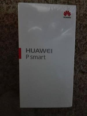 Huewei p smart brand new in box