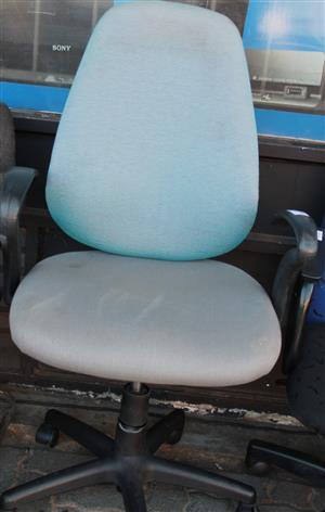 S034956H Office chair #Rosettenvillepawnshop