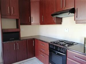 MODERN AND SPACIOUS GROUND FLOOR APARTMENT - HILLARY FREEMANTLE ROAD