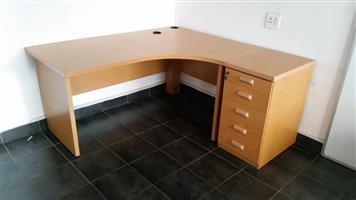 Oak L-shape desk