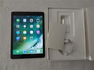 Apple iPad 9.7 inch Wifi and Cell 128GB