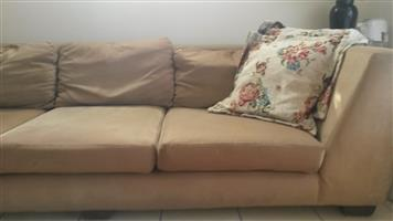 Household goods. Cubourds beds Table Couch