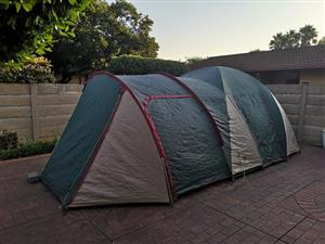 Camp Master Galaxy III Dome tent