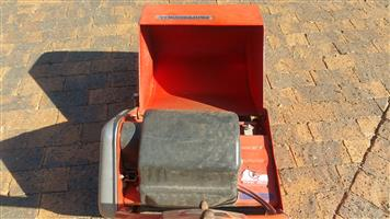 """Professional 14"""" Electric Lawnmower (Very Good Condition)"""
