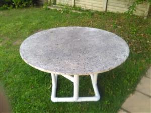 Fibrecast indoor / outdoor table - 1200mm diameter