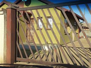 2 Bedroom Home In Soshanguve XX
