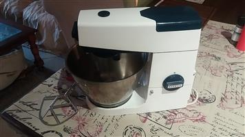 Kenwood 701 Chef Cake Mixer