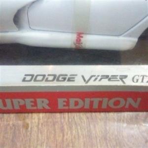 Model Dodge Viper GT2 Scale 1:18