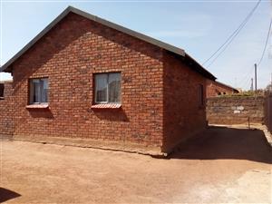 R11 500 Salary P/M Required , Soshanguve Block GG , HomeSosha Properties
