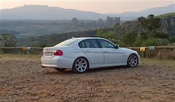 2005 BMW 3 Series 330i M Sport