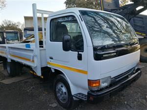 NISSAN DROP SIDE TOP QUALITY AT AFFORDABLE PRICE CALL US NOW
