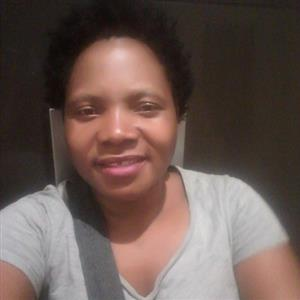 36 YEAR OLD ZIMBABWEAN DOMESTIC WORKER available