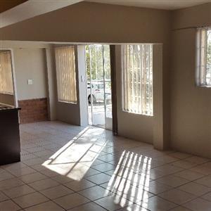 Studio apartment to rent in Silverton