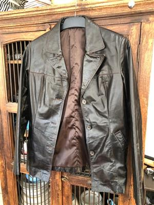 Classic style dark brown leather jacket - unisex - Size Medium