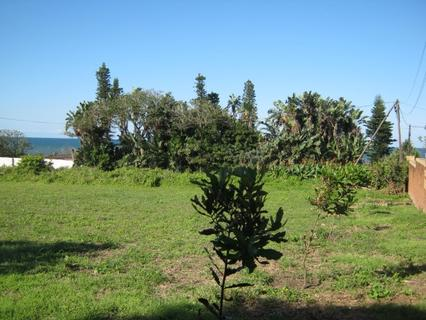 Lovely Cleared Level Stand-Close to Sea-for sale in Port Edward