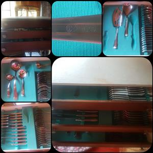 87 piece cutlery set in wooden canteen