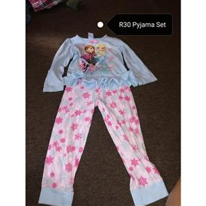 Frozen pajama set for sale