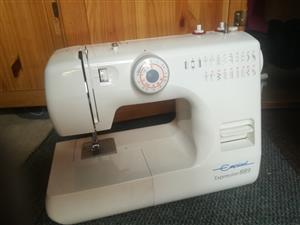 EMPISAL EXPRESSION 889 18 STITCH SEWING MACHINE