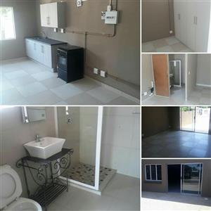 Bachelors flat to rent in villieria
