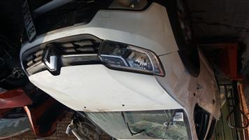 RENAULT SANDERO 900T STEPWAY STRIPPING FOR SPARES