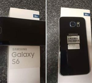 Samsung S6 32g in mint condition.